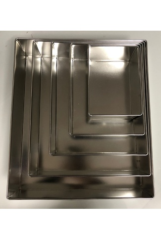 RECTANGLE CAKE TIN 225mm X 175mm