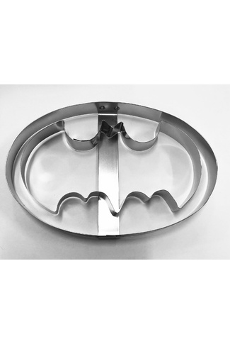 BATMAN WITH OVAL CUTTER